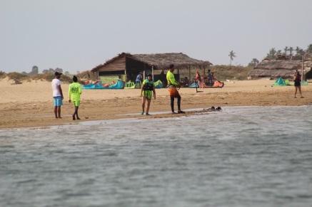 kalpitiya lagoon kite spot